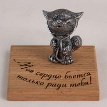 """Фигурка """"Мое сердце бьется только ради тебя!"""" (кот с фонендоскопом)"""