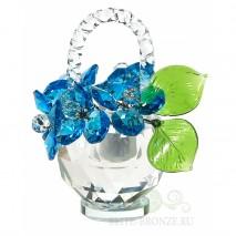 Хрустальный цветок в вазе
