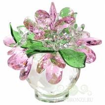 Цветы из стекла в вазе