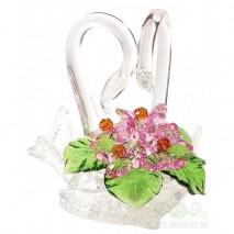 Хрустальные лебеди с цветами