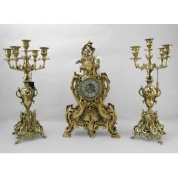Часы антикварные каминные с канделябрами Афродита