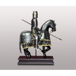 """Статуэтка """"Благородный рыцарь"""""""