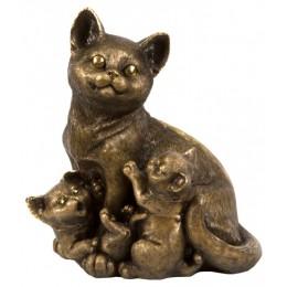 "Скульптура ""Мама кошка"""