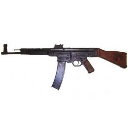 """Штурмовая винтовка """"Вермахта STG-44"""",2-я Мировая Война, Германия"""