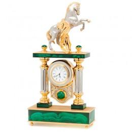 """Часы """"Боевой конь с попоной"""" камень малахит 130х80х340мм"""