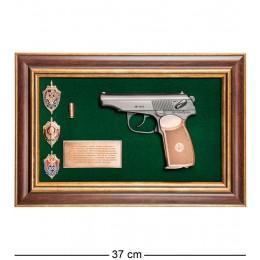 "ПК-215 Панно с пистолетом ""Макаров со знаками ФСБ"" в под. уп. 25х37"
